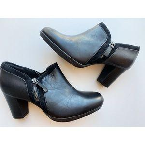 Clark's • Black Zipper Ankle Booties